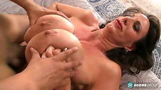 40 Something - Cassie Likes To Fuck Younger Men - Cassie Cougar and Rocky (22:23 Min.)