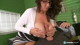 40 Something - Fucking the big-titted MILF who`s wearing glasses - Cassie Cougar and J Mac (23:10 Min.)